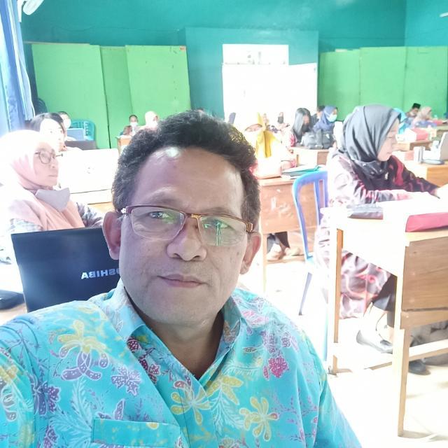 Drs. Tohir